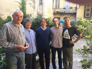 高橋さんが撮ったので抜けていますが、左からMaestro Conia、私、茂木さん、Matteoさん、Stefano Conia Jr.です。高橋さんの工房はConiaさんの工房のすぐ横にあります