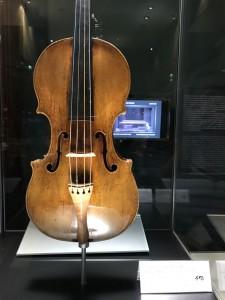 アンドレア・アマティ1570年製のヴァイオリン
