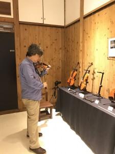 ヴァイオリンとヴィオラは全部試してみました。楽しみな楽器もありました。