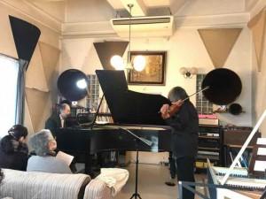 この位置では、ピアノが少し勝ってしまったのが残念。工夫の余地ありです